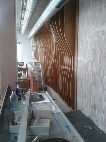 stavanie barovej steny